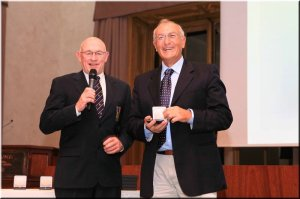 Gianni Postiglione, con l'australiano John Boultbee (già presidente FISA Competitive Commission)