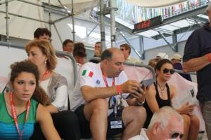 Linz 2013: l'attesa della famiglia