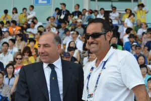 Giuseppe Abbagnale e Franco Cattaneo felici per la medaglia del doppio Fossi-Battisti