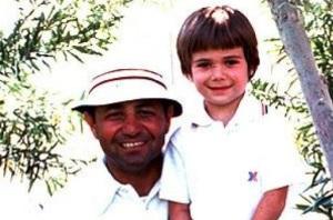 Il piccolo Andrè Agassi ed il padre Emmanuel