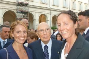 Laura e Betta insieme a  Giorgio Napolitano. Forza Presidente, ha ancora poche ore a disposizione per votarle (se non l'ha già fatto!)