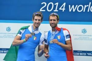 canottaggio_Lucerna2014_doppioPL_medaglia